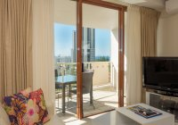 Broadbeach Savannah 48